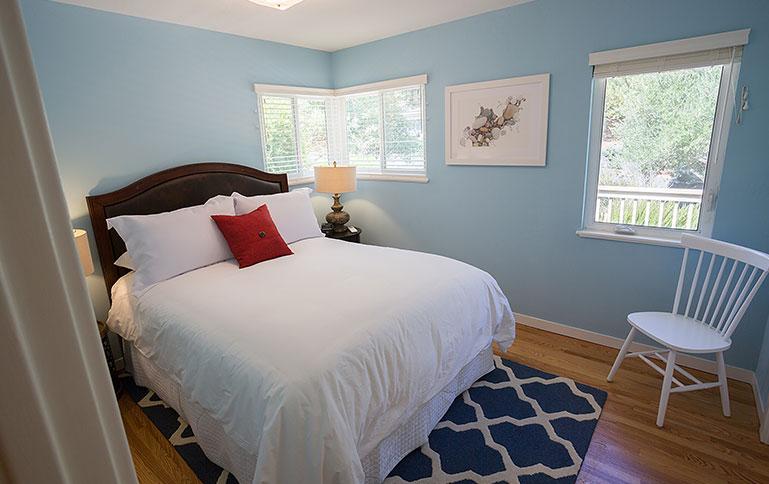 Aurora House bedroom